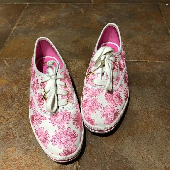 767a2be235a7 kate spade Shoes - Kate Spade Embroidered Daisy Keds